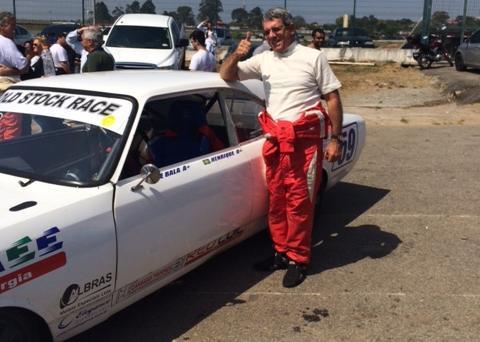 1fad08bd39e Primeiro shakedown oficial da Old Stock Race acontece neste sábado com dez  carros
